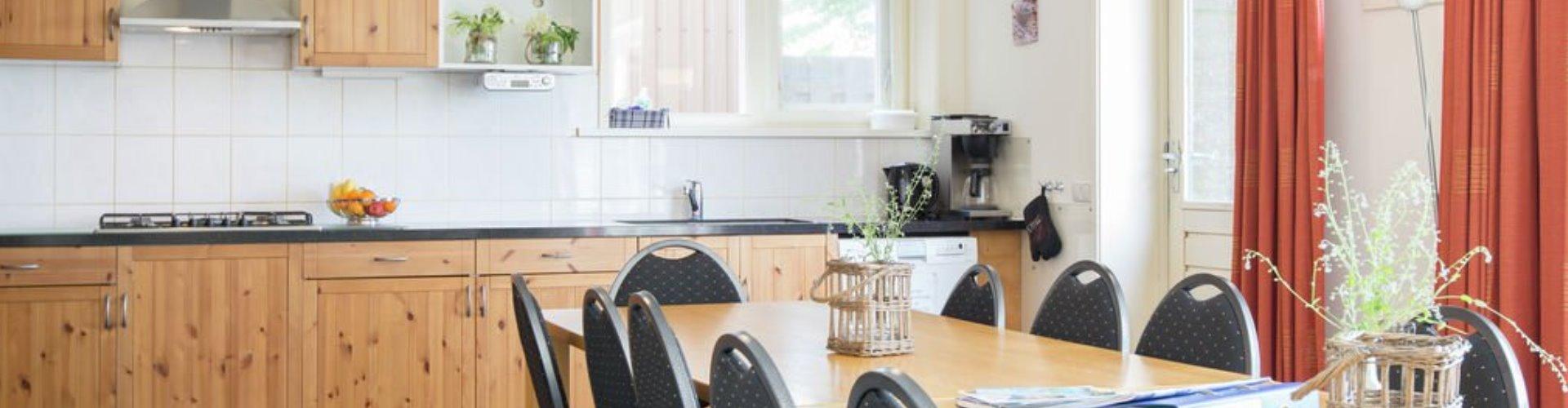 Ruime open keuken groepsaccommodatie friesland